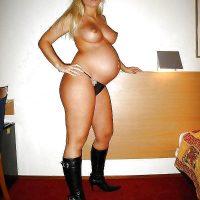 Rencontre sans lendemain pour une blonde aux gros seins
